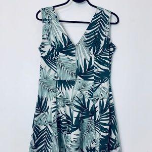 🎀3/$30🎀  H & M Dress Size: Large -good condition